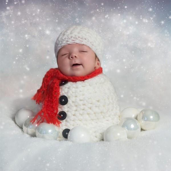 آتلیه برای عکاسی زمستانی از نوزاد